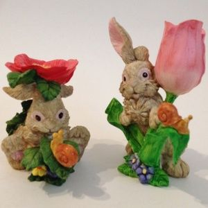 Other - Bunny Rabbits Rose Pansy Flower Set of 2 Figurines